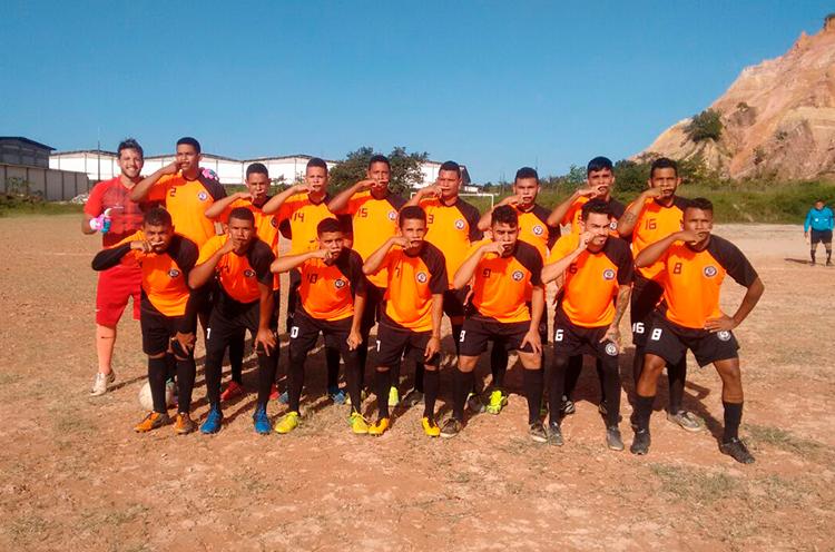 Equipe Bigode Grosso no Campo do Penharol, RPA-6