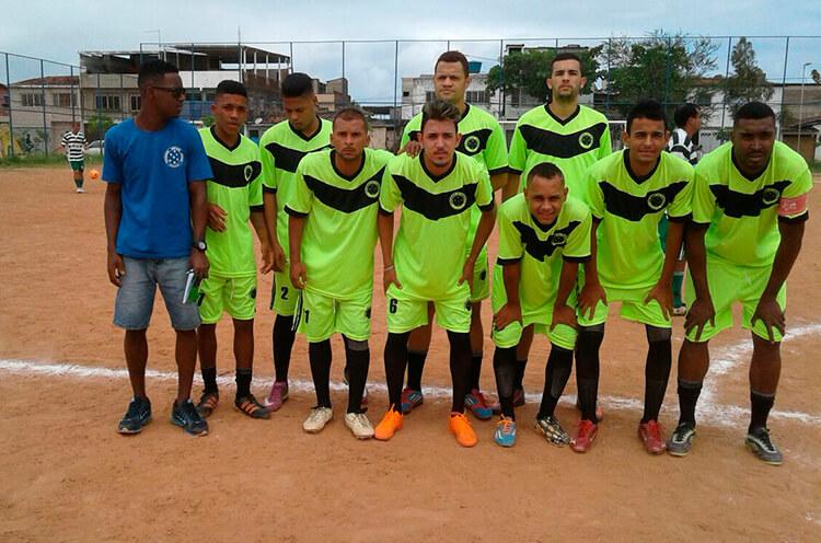 Cruzeiro E.C Torrões no campo da Roda de Fogo.