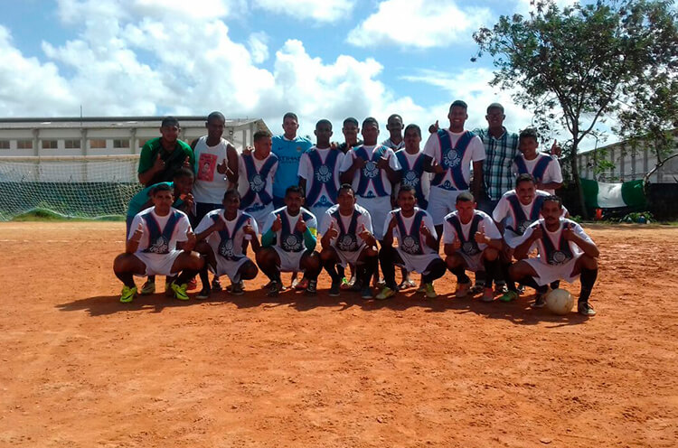 Equipe Mancha Verde FC no Campo do Penharol na RPA-6