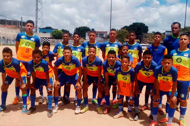 Equipe do sub 13 do Clube Esportivo União da Gávea - Enviada pelo whatsapp.