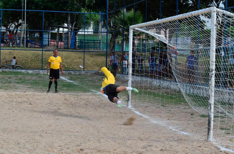 Recife Bom de Bola Segue Agitando as Comunidades do Recife