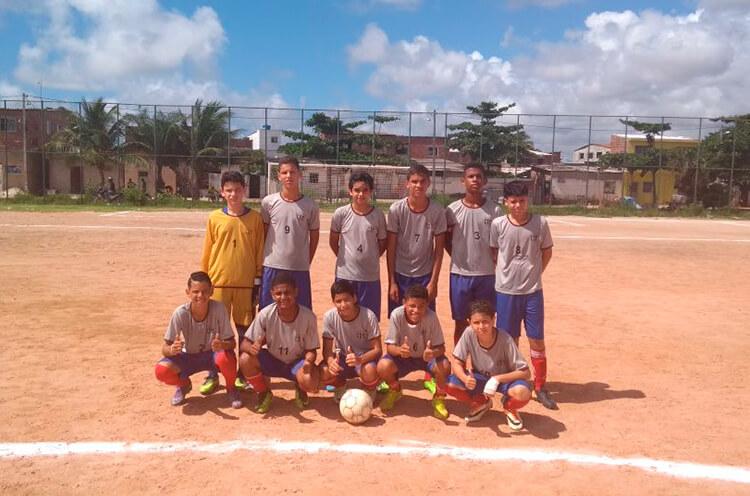 Equipe Sub-13 do Colégio Santa Tereza do Ipesp no Campo Dancy Day